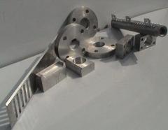 Prelucrari mecanice (strunjire, frezare, gaurire, filetare).