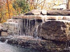 Lacuri artificiale, cascade, acvarii