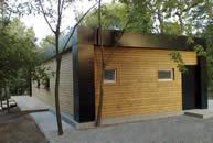 Сase cu structura autoportanta din lemn masiv (case de tip sandwich).